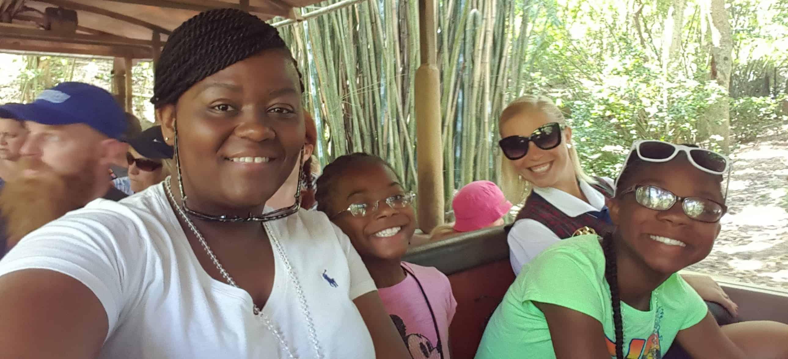 Disney VIP Tour Guides Main